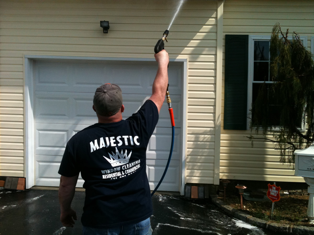 House Washing Services In Plainview – Call Majestic Window and Exterior Cleaning Today!