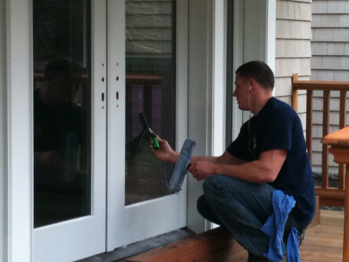 Cleaning your home windows is not only our profession, but it is also our passion.