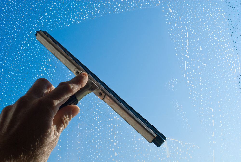 Top 6 Tips to Clean your Windows Like a Professional